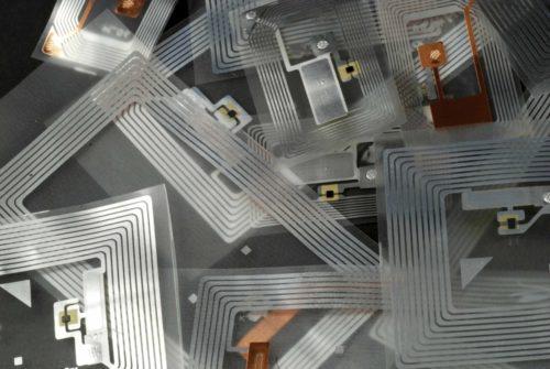 Déploiement d'un système de codes à barres par radiofréquences à l'usine de Dorval de Thomas & Betts