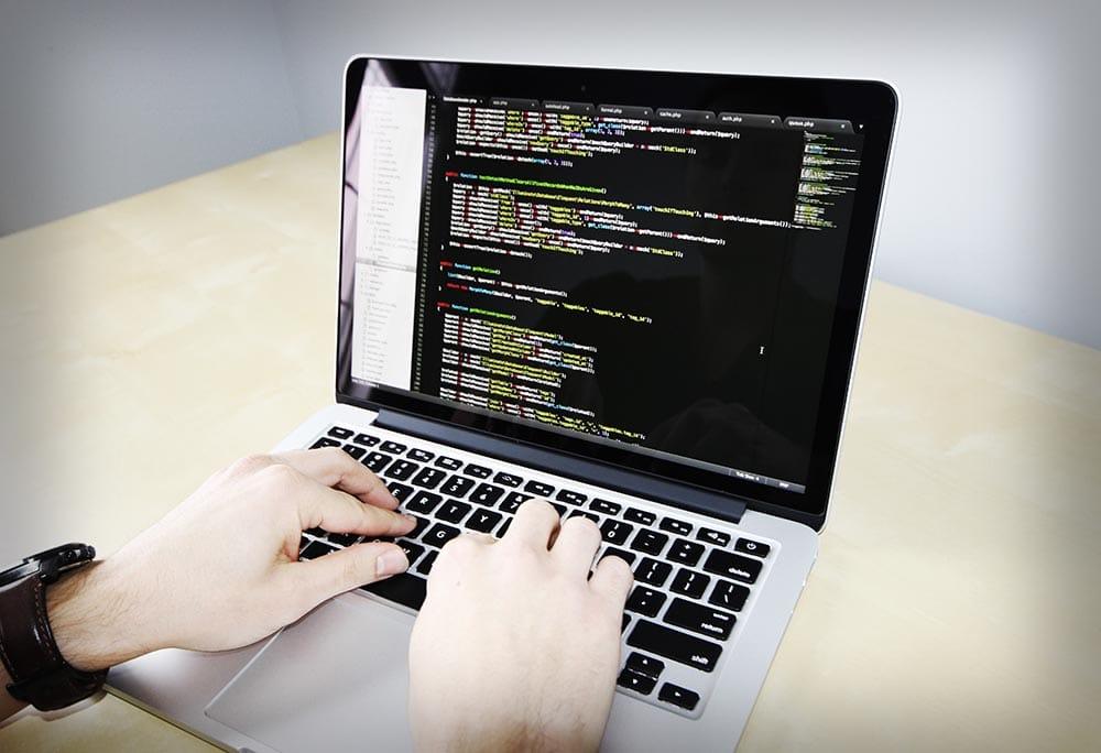 Utilisation du langage de programmation Python et de son écosystème dans le domaine de science