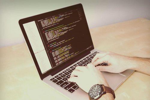 Utilisation du langage de programmation Python et de son écosystème pour le calcul parallélisé
