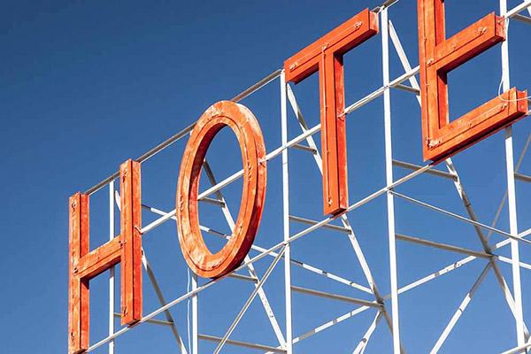 Une négociation quatre étoiles à l'hôtel le Grand Duc