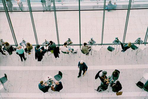 L'AMBAQ : le réseautage entre diplômés à l'ère du numérique