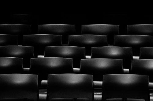 La coproduction internationale dans le domaine audiovisuel : un outil d'internationalisation? Le cas de la coproduction Dr. Lucille