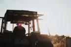 La ville de Saint-Hyacinthe : l'achat du tracteur-chargeur