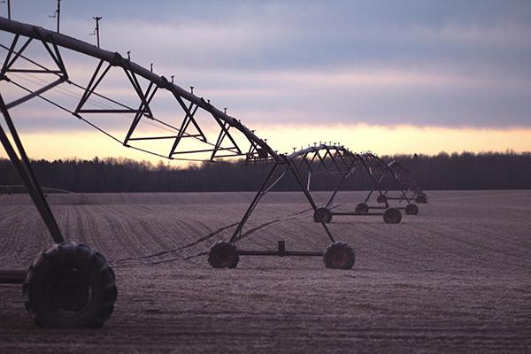Guide pour l'évaluation de la vulnérabilité intrinsèque aux transferts hydriques de contaminants d'origine agricole dans le cas d'une Aire d'Alimentation de Captage à transferts mixtes - Présentation de la méthode et exemple d'application