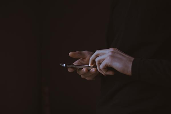 Vodacom m-pesa: 'Mobilising' Cash in a Challenging Market